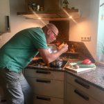 Familie Groth liebt die alte Küche, leider hatten die Fronten ausgedient. Mit dem Austausch dieser war die Küche wieder perfekt.